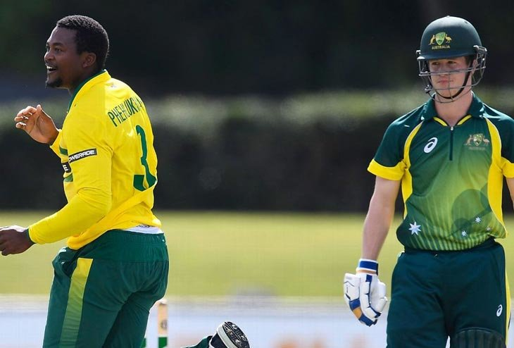 Andile Phehlukwayo bats strong for SA's first ODI victory against New Zealand