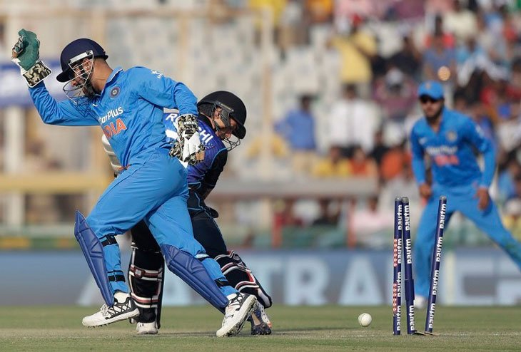 India ahead of New Zealand by 2-1, Wins third ODI by 7 wickets
