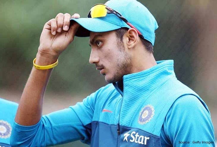 Kuldeep Yadav and Axar Patel inducted for Third Test