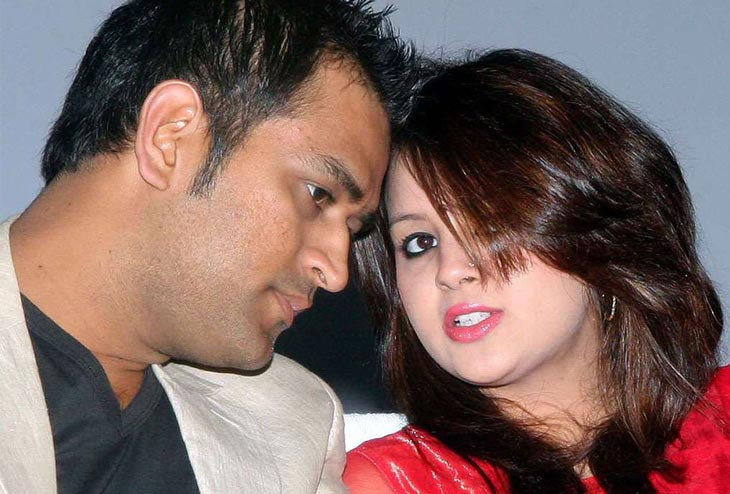 Sakshi Dhoni - MS Dhoni's wife is living a fairytalelike life