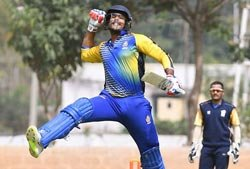 Karnataka lifts Vijay Hazare Trophy for third time in five years