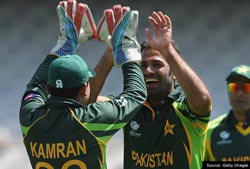Pakistan's intense attack sets Zimbabwe on backfoot